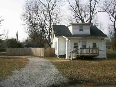 2904 N 6TH ST, Terre Haute, IN 47804 - Photo 1