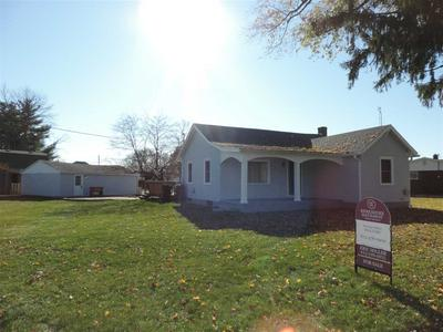 321 S MAIN ST, Rosedale, IN 47874 - Photo 1