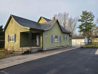 1838 N 10TH ST, Terre Haute, IN 47804 - Photo 2