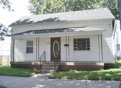 1710 N 10TH ST, Terre Haute, IN 47804 - Photo 1