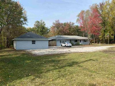 121 E FOREST ACRES DR, Brazil, IN 47834 - Photo 2