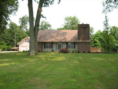 3573 W OREGON CHURCH RD, Terre Haute, IN 47802 - Photo 1