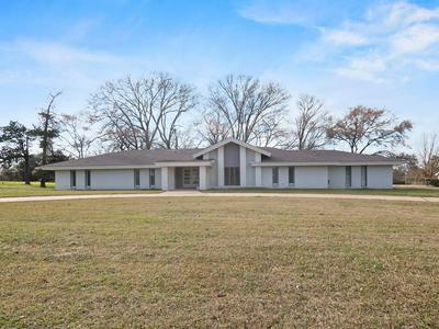 515 N MAIN ST, Groveton, TX 75845 - Photo 1