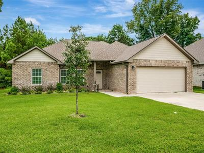 406 SADDLE TRAIL DR, Lufkin, TX 75904 - Photo 2