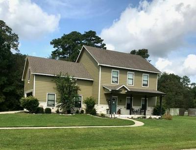 318 CREEKWOOD DR, Huntington, TX 75949 - Photo 1
