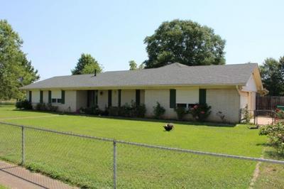 220 CAMELIA AVE, Hooks, TX 75561 - Photo 1