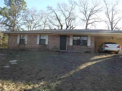 964 CRESTVIEW DR N, Atlanta, TX 75551 - Photo 1
