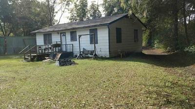 109 GARDEN RD, Hooks, TX 75561 - Photo 2