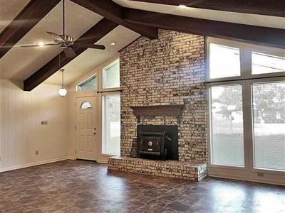 205 REX AVE, Hooks, TX 75561 - Photo 2