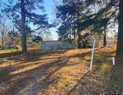304 E AVENUE F, Hooks, TX 75561 - Photo 2