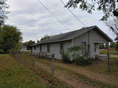 821 COUCH ST, Texarkana, AR 71854 - Photo 2