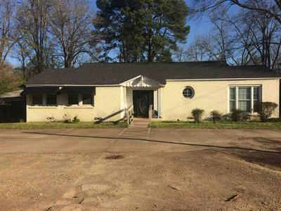 404 W MAIN ST, Atlanta, TX 75551 - Photo 1