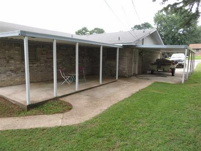908 CRESTVIEW DR S, Atlanta, TX 75551 - Photo 2