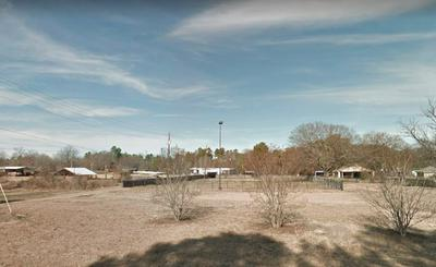 1915 MYRTLE SPRINGS RD, Texarkana, TX 75503 - Photo 2