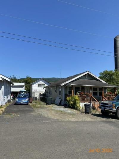 302 1ST ST, Garibaldi, OR 97118 - Photo 1