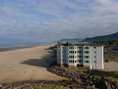 115 N MILLER ST # 103, Rockaway Beach, OR 97136 - Photo 2