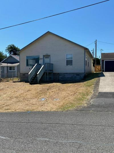 107 2ND ST, Garibaldi, OR 97118 - Photo 2