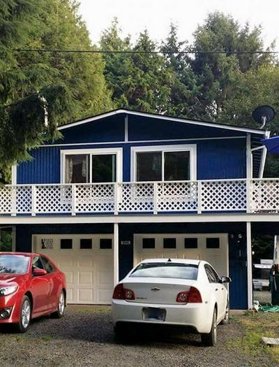 9545 NE 17TH AVE, Rockaway Beach, OR 97136 - Photo 1