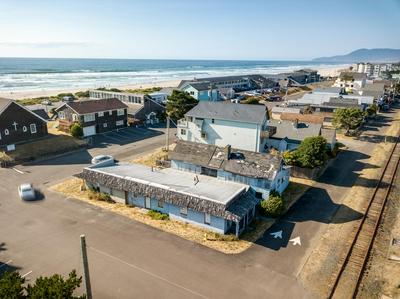 285 S MILLER ST, Rockaway Beach, OR 97136 - Photo 2