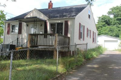 1206 CHESTNUT ST, Kingsport, TN 37664 - Photo 2