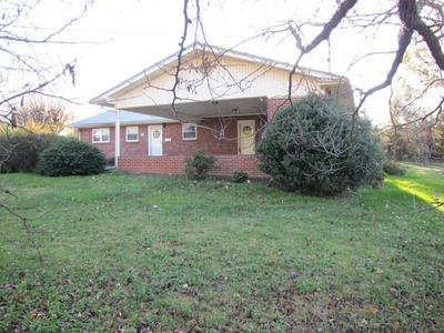 1809 BROADMOOR RD, Johnson City, TN 37604 - Photo 2