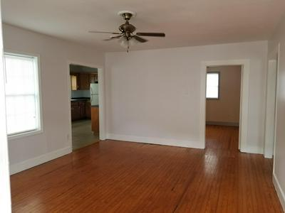 994 W JACKSON ST, Gate City, VA 24251 - Photo 2