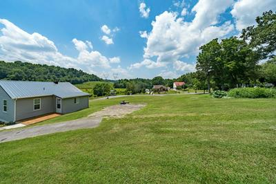 422 BURDINE RD, Piney Flats, TN 37686 - Photo 1