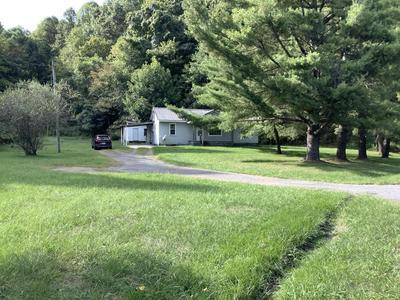 913 LAUREL AVE, Coeburn, VA 24230 - Photo 1