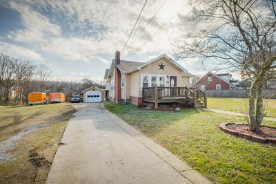 1749 JEFFERSON AVE, Kingsport, TN 37664 - Photo 2