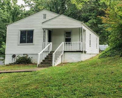 2300 BEVERLY HILL ST, Kingsport, TN 37664 - Photo 1