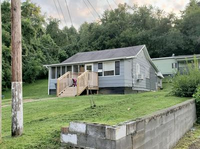 992 LYNN GARDEN DR, Kingsport, TN 37665 - Photo 2