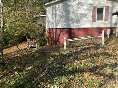 105 BAILEY WOODS RD, Erwin, TN 37650 - Photo 2