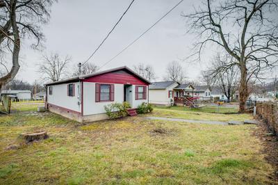 922 DOROTHY ST, Kingsport, TN 37660 - Photo 2