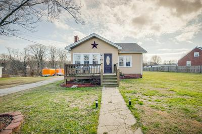 1749 JEFFERSON AVE, Kingsport, TN 37664 - Photo 1