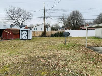 1620 E SEVIER AVE, Kingsport, TN 37664 - Photo 2