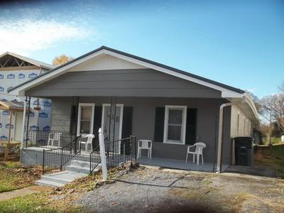 706 RIVERSIDE AVE, Kingsport, TN 37660 - Photo 2