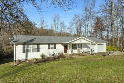 213 CONSTITUTION AVE, Elizabethton, TN 37643 - Photo 1