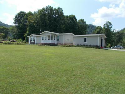612 FLATWOODS RD, Bluff City, TN 37618 - Photo 1