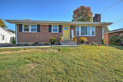 570 VENTURA CIR, Bristol, VA 24201 - Photo 2
