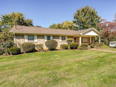 608 FOXX ST, Johnson City, TN 37604 - Photo 2
