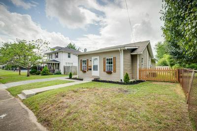 1006 BORDEN ST, Kingsport, TN 37664 - Photo 2