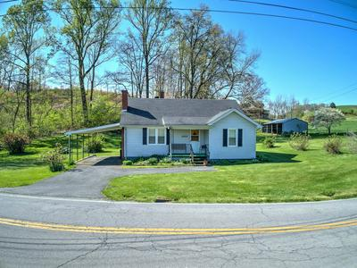 2882 ISLAND RD, Blountville, TN 37617 - Photo 2