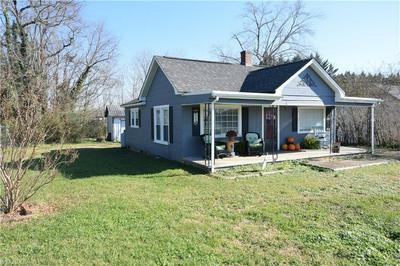 205 S WHITE ST, Dobson, NC 27017 - Photo 1
