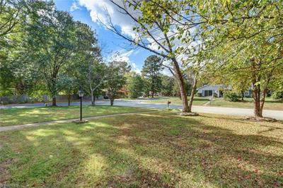 5200 FIELDBROOK DR, Greensboro, NC 27455 - Photo 2