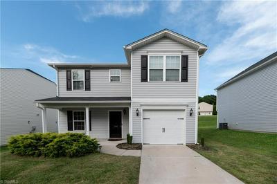 1138 LANGSTON DR, Greensboro, NC 27405 - Photo 2