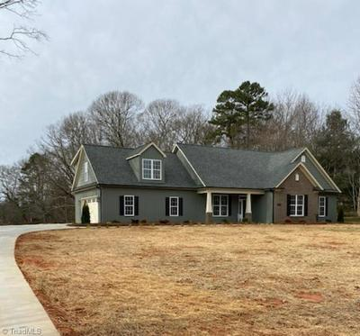 6840 DORAL DR, TOBACCOVILLE, NC 27050 - Photo 2