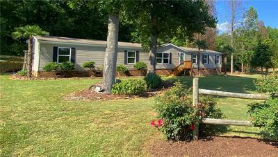 283 WHISPERING OAKS DR, Lexington, NC 27292 - Photo 1