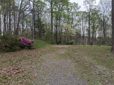135 HASTINGS HILL RD, KERNERSVILLE, NC 27284 - Photo 1
