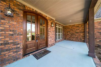 8582 SHEPPARDS RUN DR, Kernersville, NC 27284 - Photo 2