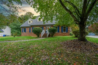 641 DOE RUN DR, Kernersville, NC 27284 - Photo 2
